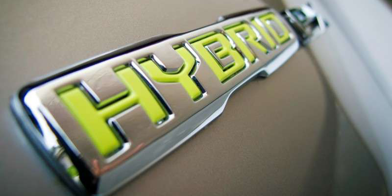 hybrid-vs-gas-cars-one