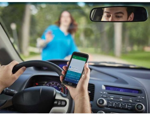 Texting or Mobile talking while driving – Distracted Driving Laws and Penalties
